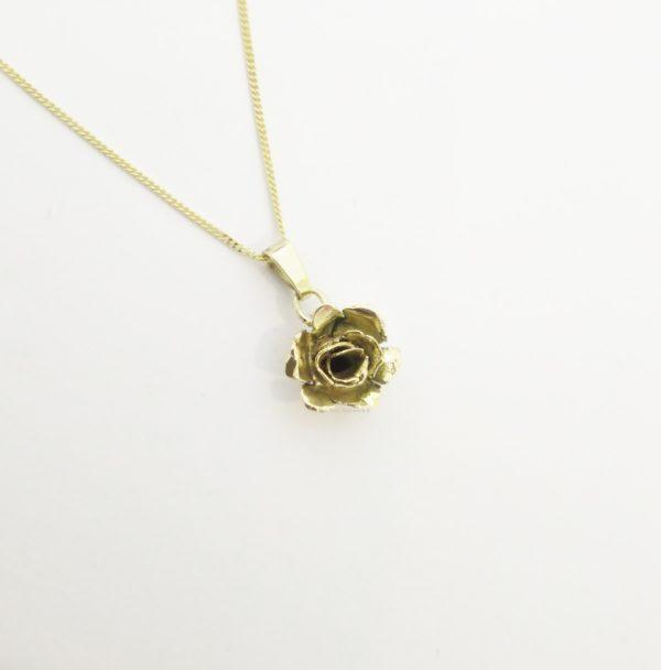 Roosje goud ketting handgemaakt