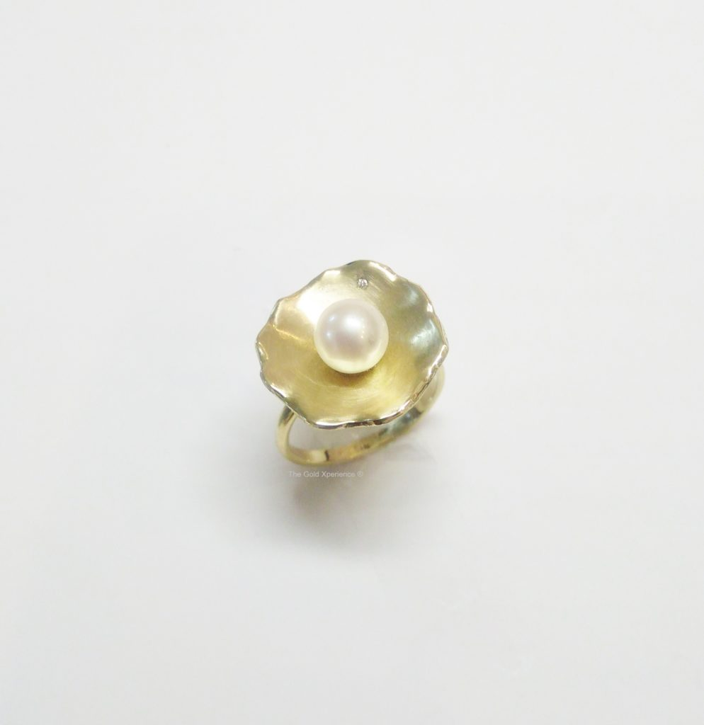 Ring bloem goud parel diamant