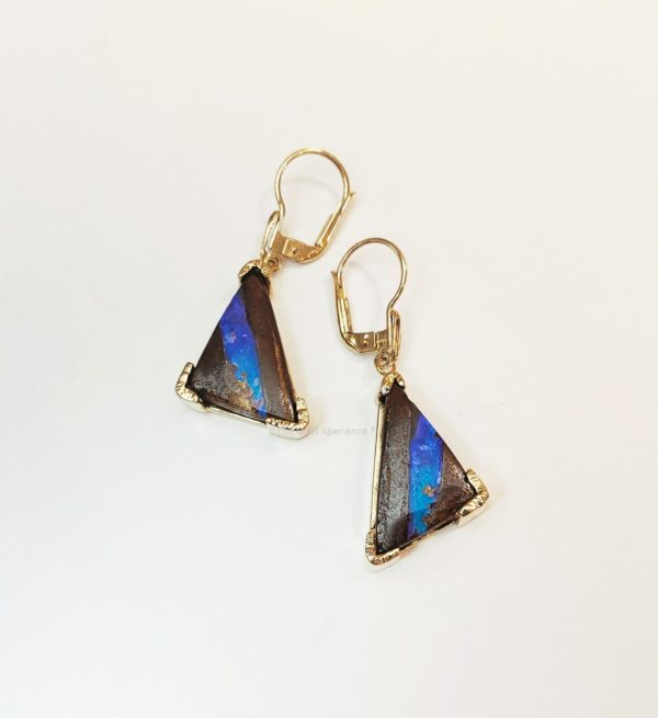 Gouden oorbel opaal blauw